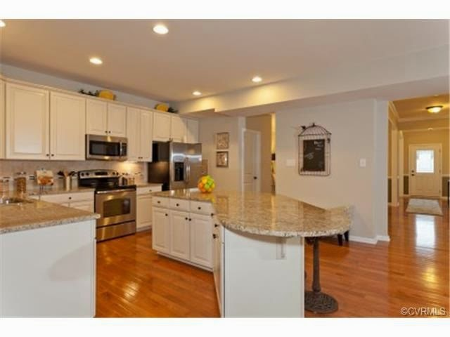 Honey i 39 m rome our options for Kitchen cabinets quakertown pa