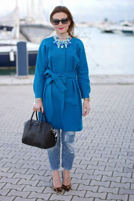 Givenchy Antigona bag, Sapphire blue coat, Jollychic coat, Fashion and Cookies, fashion blogger