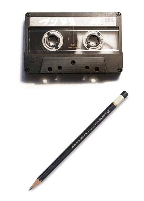 Lápis e fita K7