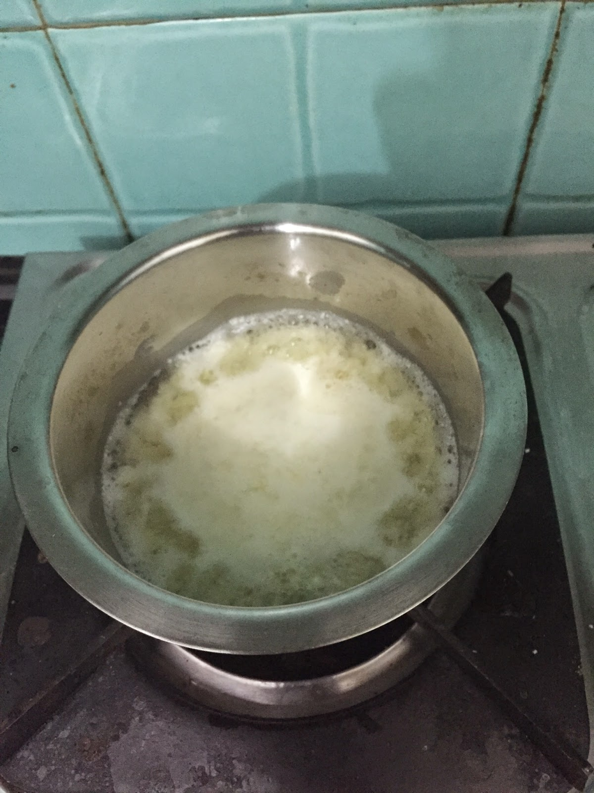 3 Ways to Boil Milk pictures