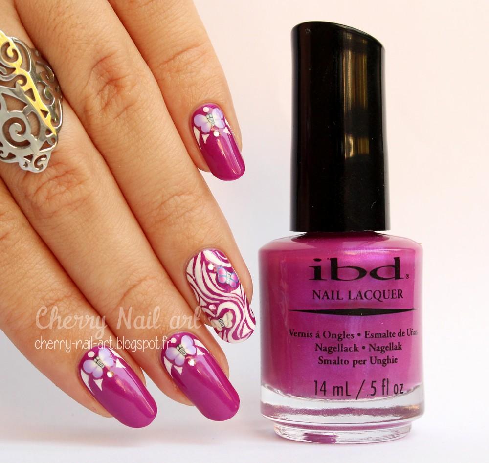 nail art papillon fimo et accent nail abstrait