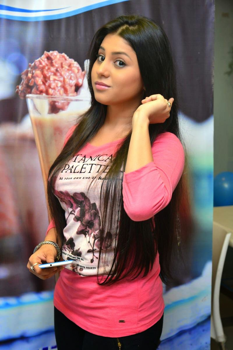 Hamida glamorous photos gallery-HQ-Photo-16