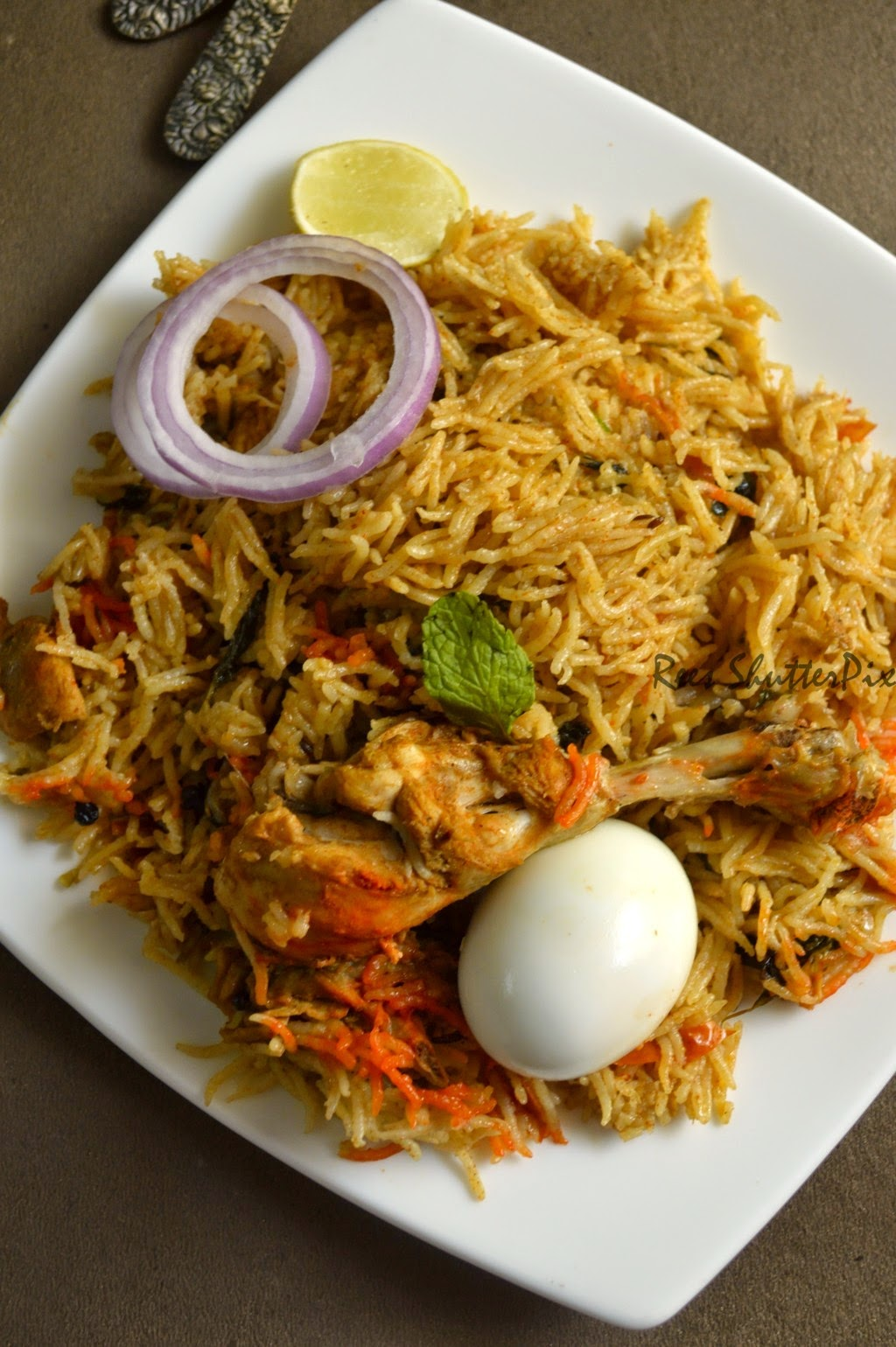 how to cook mughlai chicken briyani