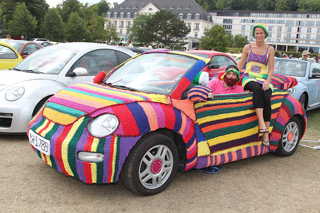 knitted Volkswagen Beetle Sunshinetour 2013