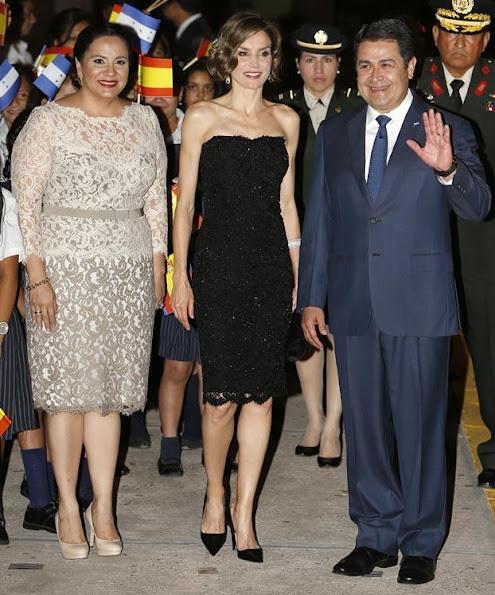 Queen Letizia of Spain, Honduran President Juan Orlando Hernandez and Honduran First Lady Ana Garcia de Hernandez at the presidential palace