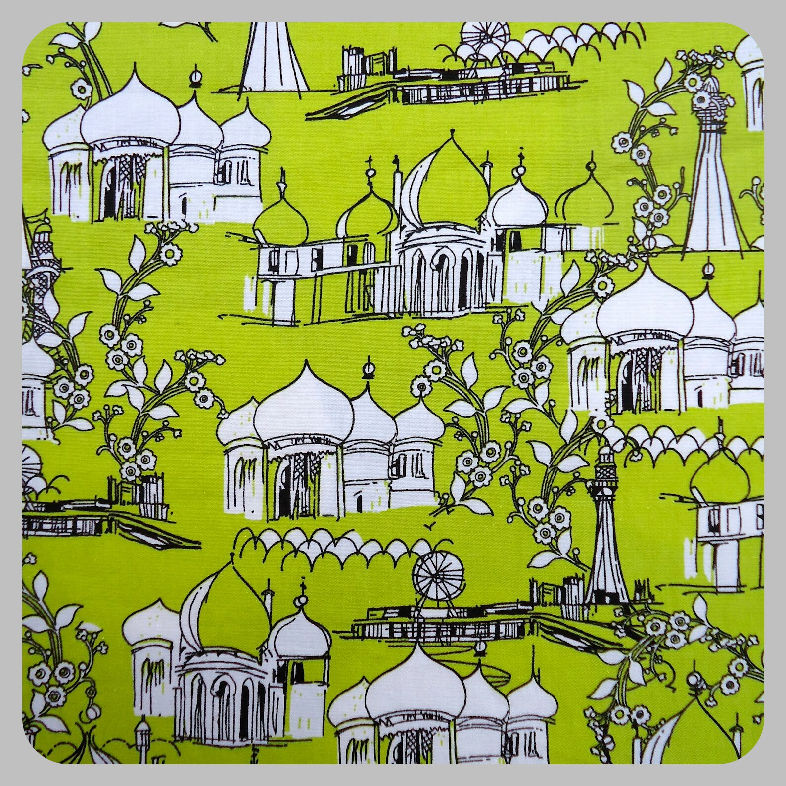 Brighton Pavilion fabric by Inprint at Makower UK