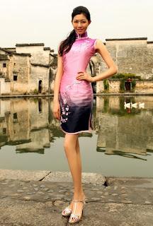 Liu Chen in bikini