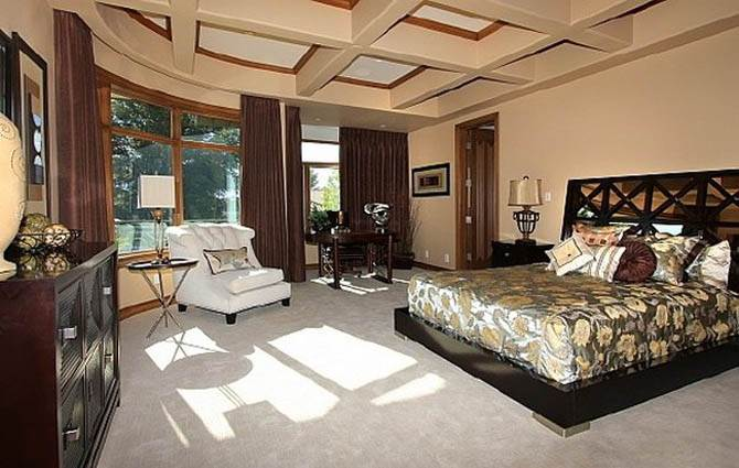Guest Bedroom Decor Ideas Nicolas Cages Former House