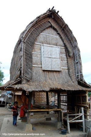 Rumah Adat suku Sasak, Lombok