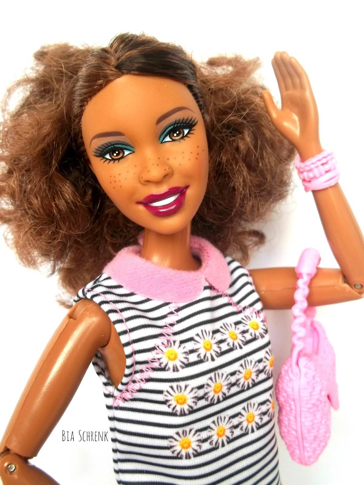 Barbie fashionistas swappin styles heads 2