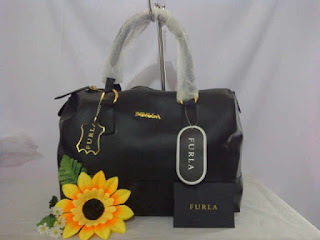Furla jelly Hitam