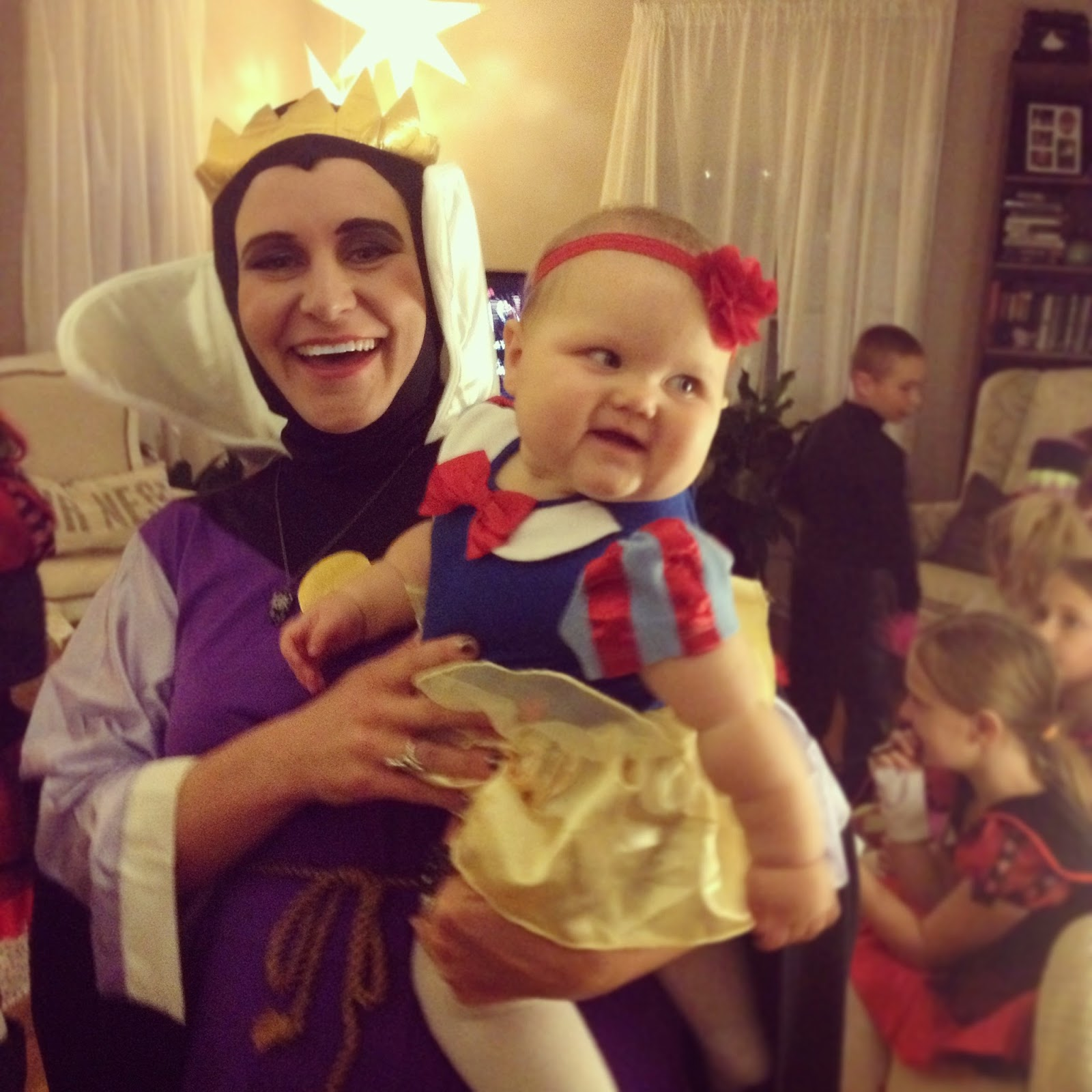 Evil Queen and Snow White Mother Daughter Costume