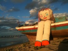 les BONECAS DE SONHOS ont été re-lookées cet été par Marine Peyre en résidence au Brésil