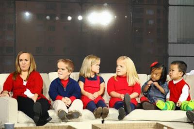 أكبر أسرة من الأقزام في العالم