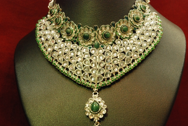 Emerald Necklace Designs