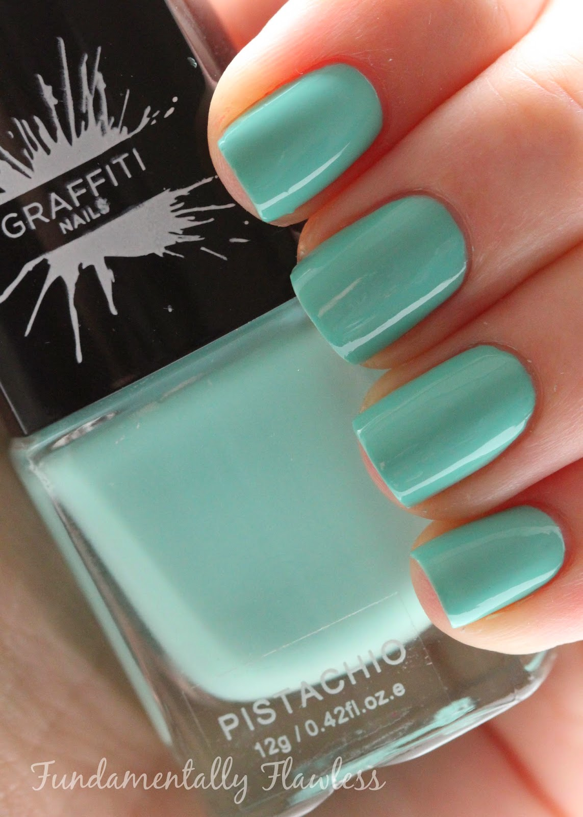 Graffiti Nails Pistachio swatch