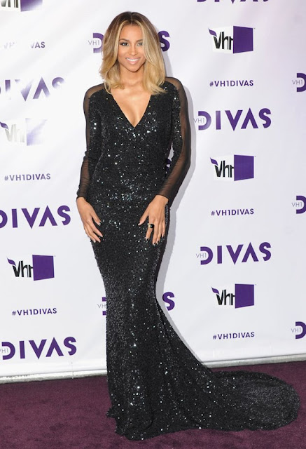 Ciara – in Pamella Roland – at VH1 Divas in Los Angeles (12/16/2012)