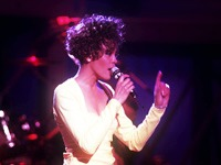 Whitney Houston est morte, vive la reine