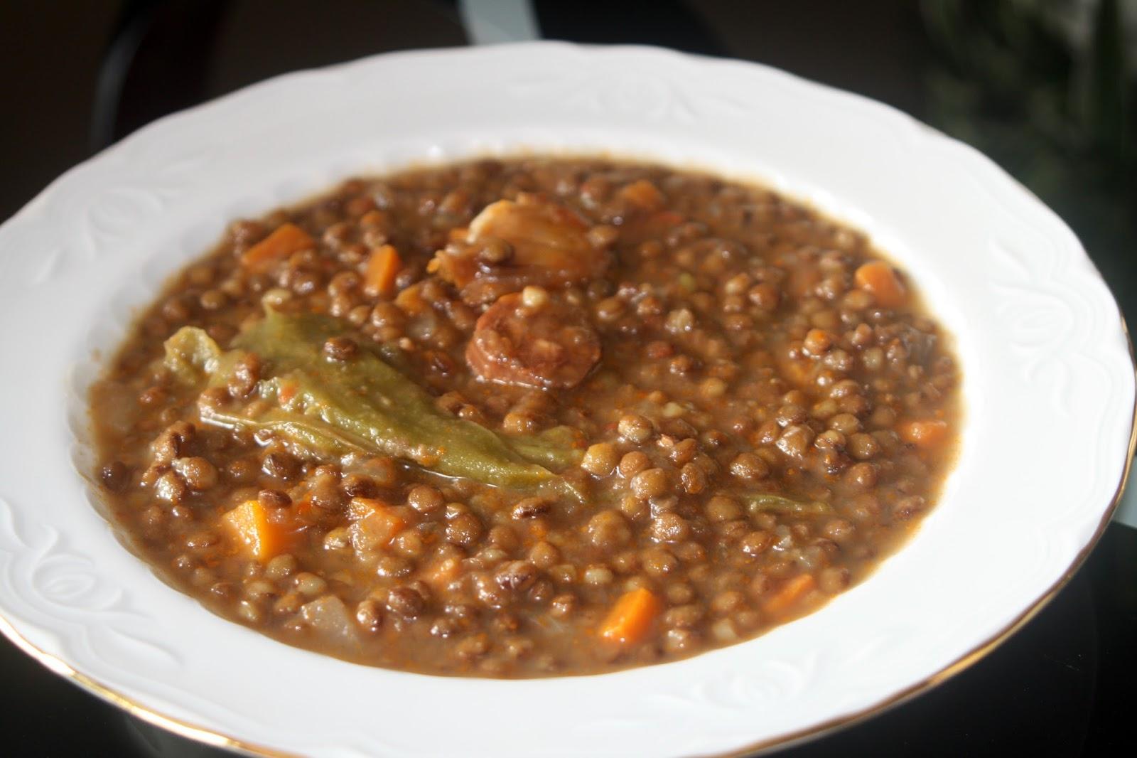 Alocados en la cocina receta de lentejas tradicional en - Garbanzos olla express ...