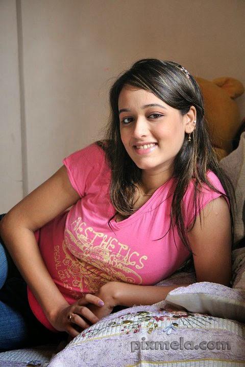 Ahona Bangladeshi Hot Model Photo and Biography
