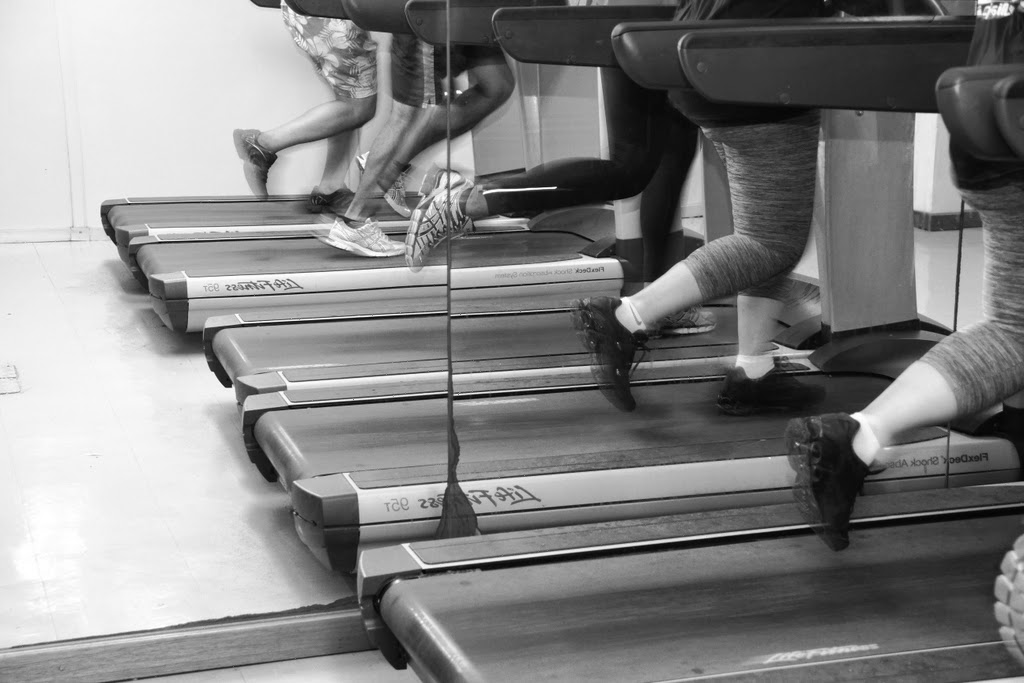 Atletas do meio-dia, by Guillermo Aldaya / PhotoConversa