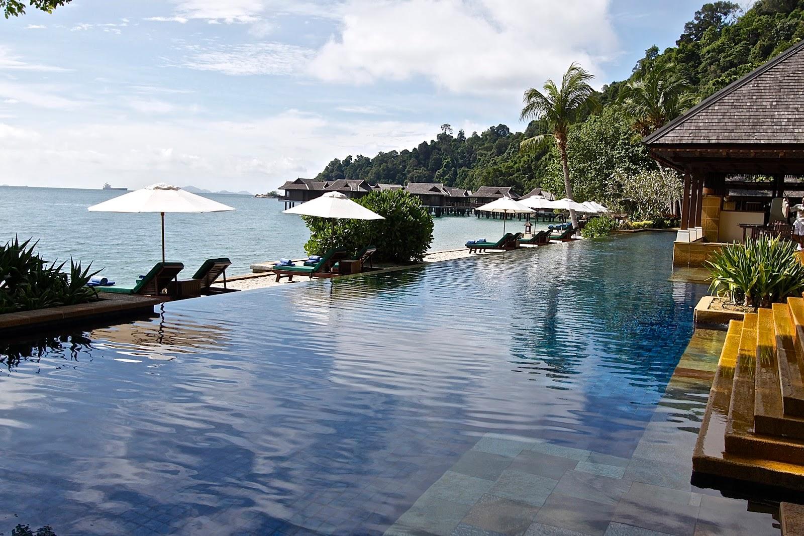 King Stone Resort Hotel Spa Kota Bks Jawa Barat