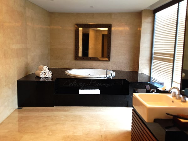 Bathroom at Jiwa SPA on fifth floor at Hilton Bandung