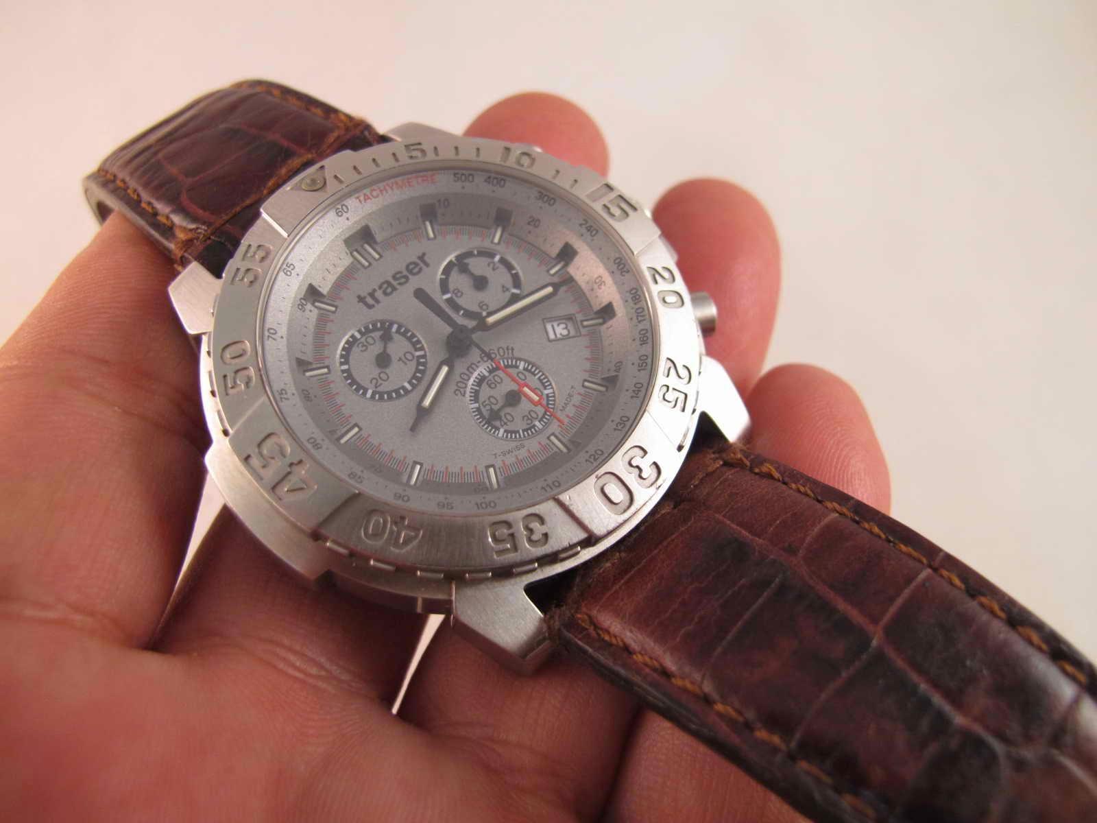 Cocok untuk Anda yang sedang mencari jam tangan Swiss Chronograph Quartz Swiss made dengan harga yang sangat terjangkau