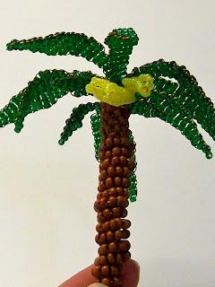 Бисероплетение для самых-самых начинающих: Банановое дерево