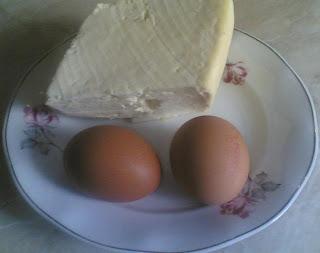 ingrediente pesmeti, ingrediente pentru pesmeti, oua de casa si branza de vaci pentru pesmeti, retete cu oua, retete cu branza,