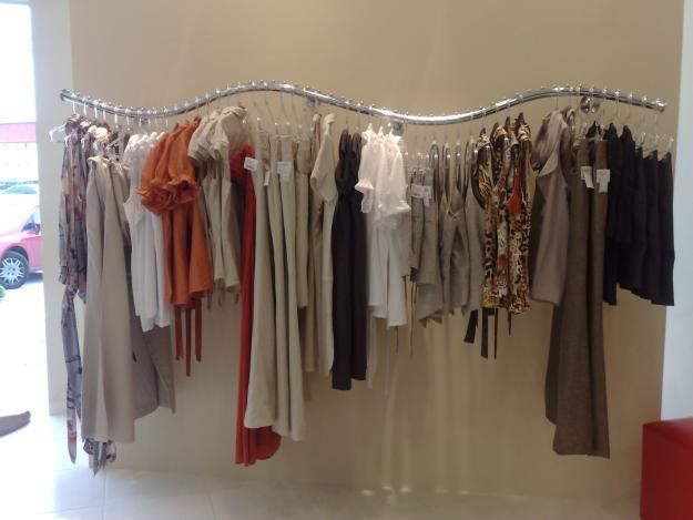decoracao de interiores de lojas de roupas: : Moda Fashion Femenina loja de roupas e acessórios