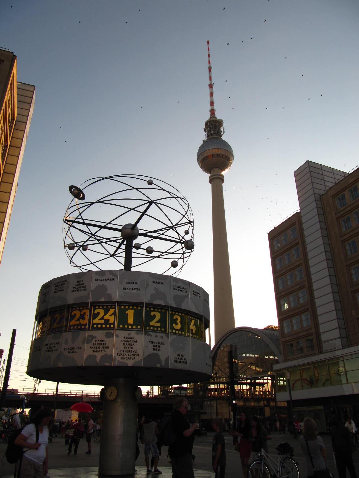 horloge universelle berlin