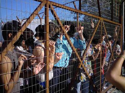 Ξεσηκώθηκαν οι φρουρούμενοι στο στρατόπεδο λαθρομεταναστών Παγανής Μυτιλήνης