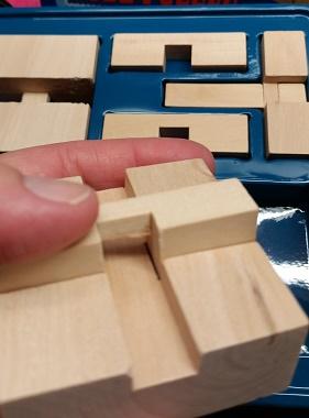 Professor Murphy Wooden Puzzle Set wooden pieces 2