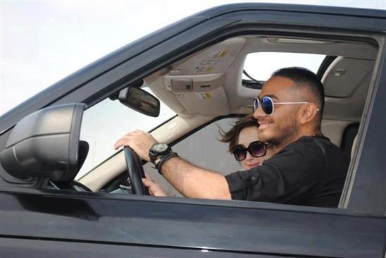 صور .. عقد زواج تامر حسني وبسمة بوسيل .. وصورة جديدة بالسيارة