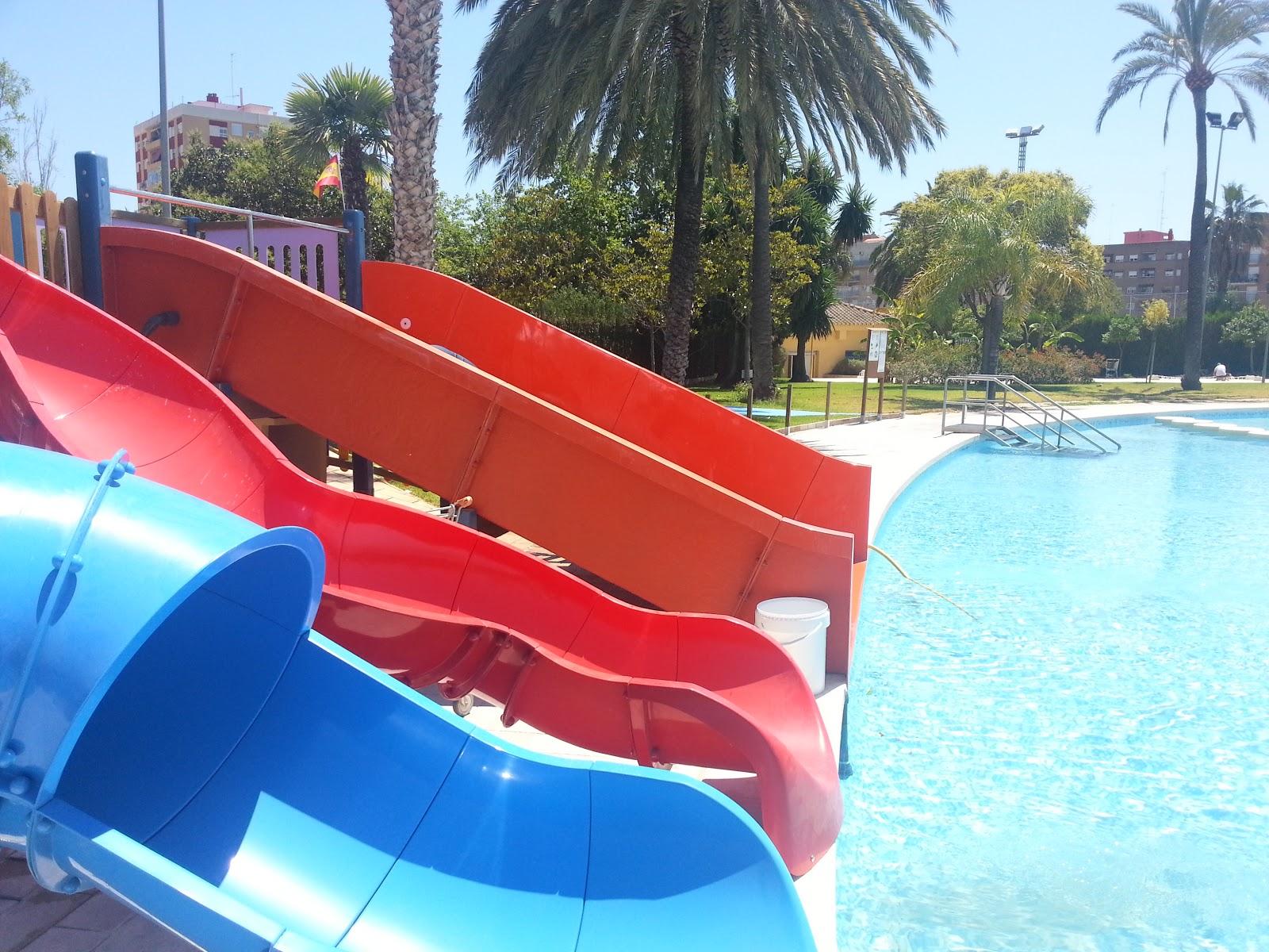 A tope los viernes con la piscina escuela de verano jc 2013 for Piscina parque benicalap