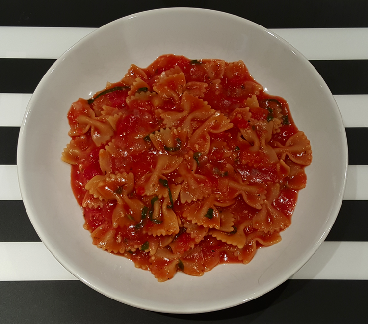 tomaten basilikum nudeln