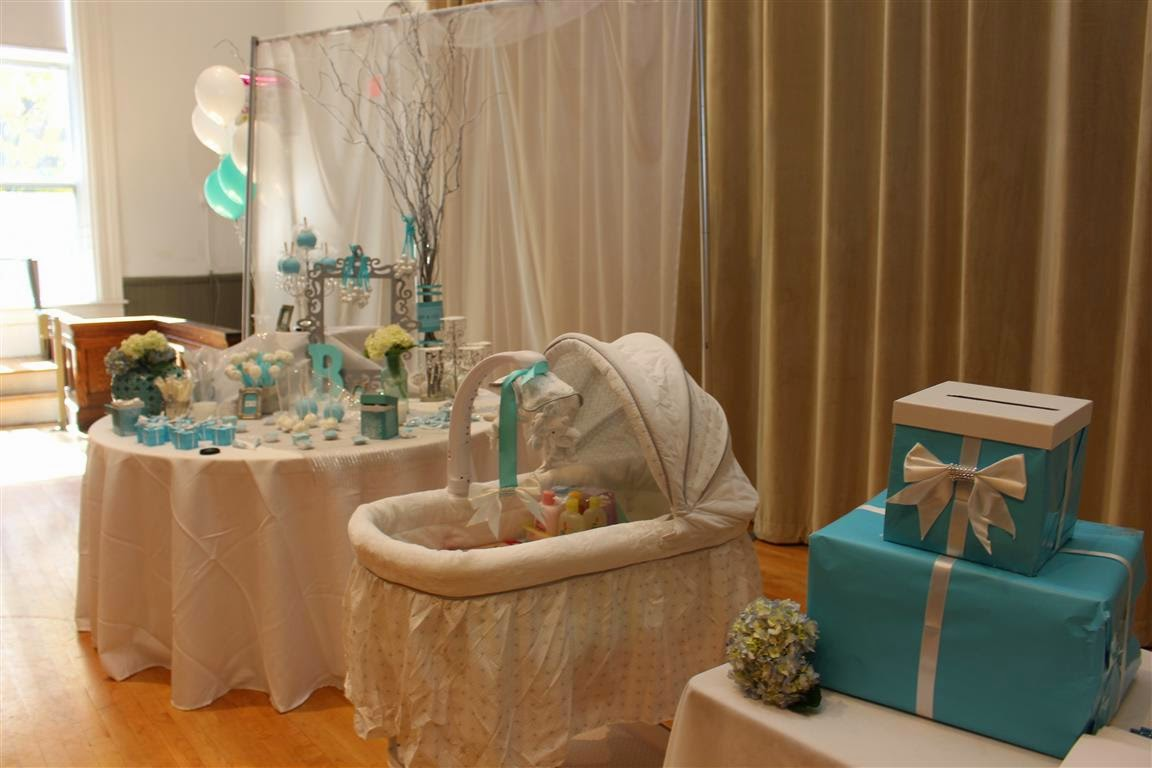 Mami eggroll a tiffany 39 s baby shower for Baby shower hall decoration