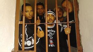 Brasil tenta libertar corintianos presos na Bolívia
