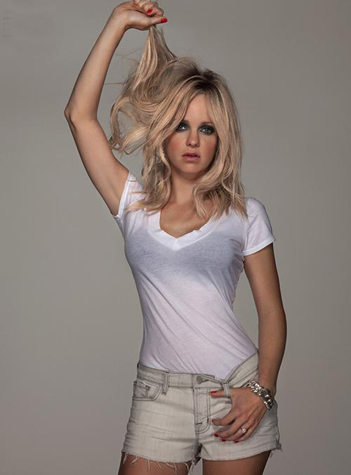 Anna Faris' Flirty 'Denim Issue' Flaunt Feature » Gossip | Anna Faris