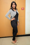 chandini chowdary new glamorous photos-thumbnail-18