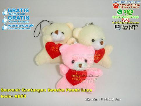 Souvenir Gantungan Boneka Panda Lucu