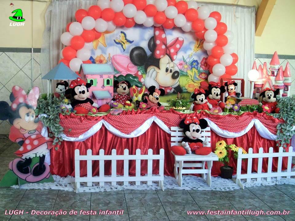 Decoração Minnie Mouse vermelha  Mesa decorada tradicional forrada