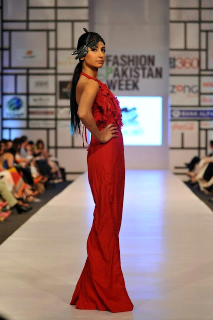 FASHION PAKISTAN WEEK 2012 RAMP