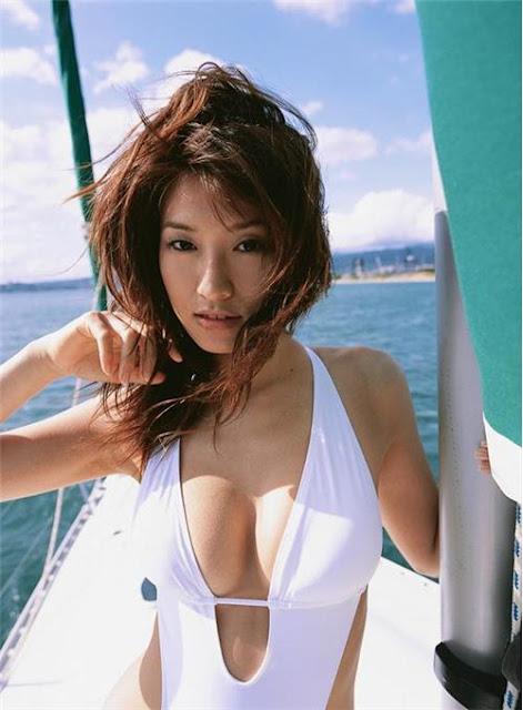 Chisato Morishita - Japanese race queen