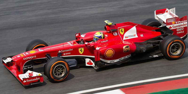 Kopi Hangat Foto Mobil Balap F1