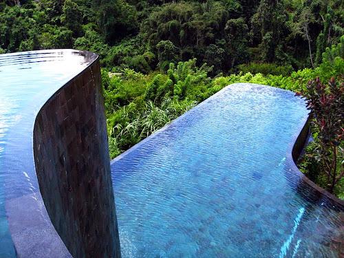 Piscina do hotel Hanging Gardens Ubud - Indonésia