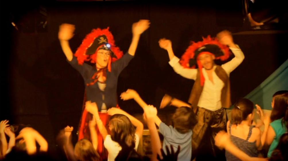 Teatro musical educativo en la infancia Desiderata pirata y el tesoro de CHUN-CHÚN,