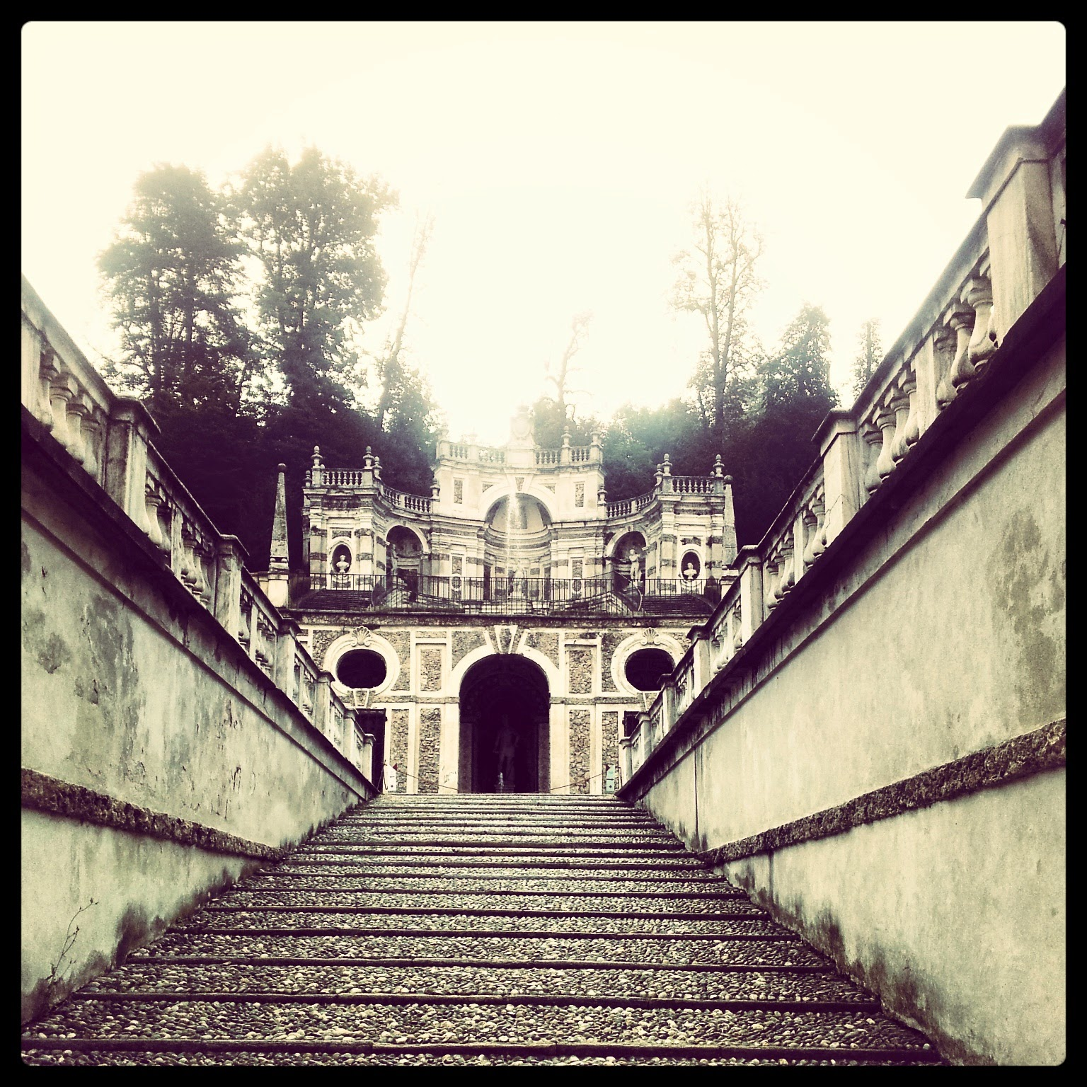 Villa della Regina, Torino - Black Cat Souvenirs