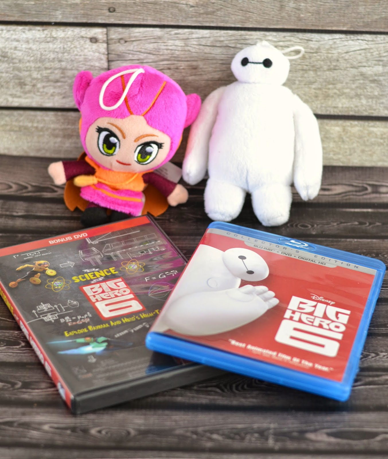 Big Hero 6 DVD release.  Big Hero 6 crafts.  Big Hero 6 birthday party ideas.  Big Hero 6 recipes.  Baymax crafts for preschoolers.  Baymax desserts.  Baymax recipes.  Baymax inspired desserts.  Honey Lemon Smoothie.  Honey Lemon from Big Hero 6.  Big Hero 6 party ideas.